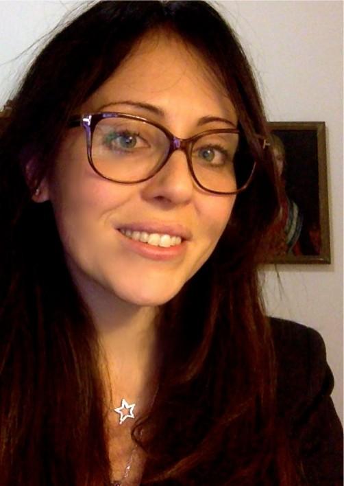 MARIA ELENA DE LUNA
